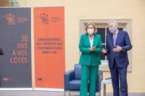 Paulette Lenert, ministre de la Protection des consommateurs, Didier Reynders, commissaire européen à la Justice. ((Photo: Romain Gamba/Maison Moderne))