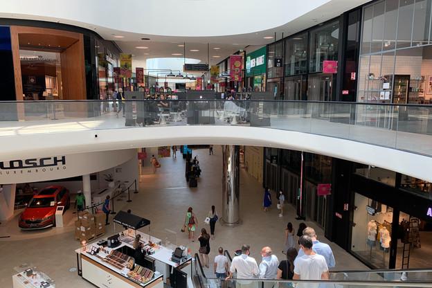 Après une fréquentation timide durant un été marqué par les congés estivaux et l'impact du télétravail, les centres commerciaux situés dans les quartiers d'affaires espèrent pouvoir faire le plein de chalands pendant le week-end prochain. (Photo: Paperjam)