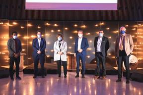 Michel-Edouard Ruben (Fondation IDEA), Nicolas Henckes (CLC), Michèle Detaille (Fedil), Gilles Roth (CSV), Nicolas Léonard (Maison Moderne) et Alain Steichen (BSP) ((Photo: Simon Verjus/Maison Moderne))