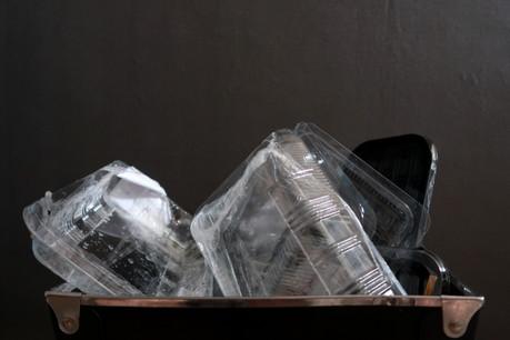 Le ministère de l'Environnement veut bannir les emballages à usage unique. (Photo: Shutterstock)