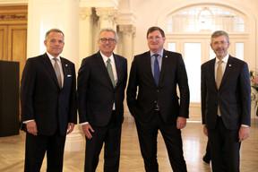 Guy Hoffmann (ABBL), Pierre Gramegna (Ministre des Finances), Yves Maas (ABBL) et Serge de Cillia (ABBL) ((Photo: Matic Zorman))