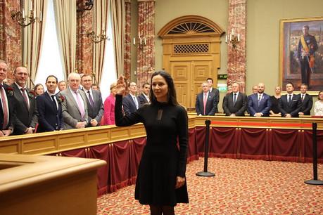 Semiray Ahmedova a prêté serment. Une nouvelle tête avant l'arrivée d'autres dans les rangs de la majorité. (Photo: Chambre des députés)