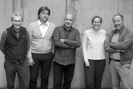 De gauche à droite: Martin Lammar, Maurizio Sguazzin, Petros Katsas, Marie Lammar et Edmond Decker. (Photo: Decker, Lammar & Associés)