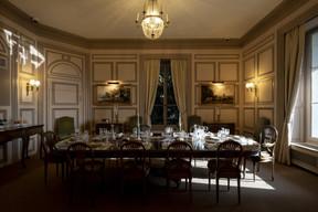 La salle à manger permettait d'accueillir Charlie Chaplin, sa femmeOona et leurs huit enfants. ((Photo: Eric Chenal))