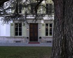 Les visiteurs sont invités à entrer dans la demeure familiale. ((Photo: Eric Chenal))