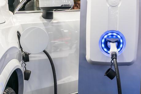 Avec 2.071nouvelles immatriculations depuis le début de l'année, la voiture 100% électrique représente 8,2% de part de marché au Luxembourg. (Photo: Shutterstock)