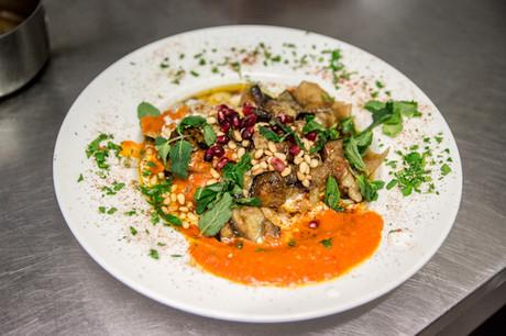 Les excellents plats levantins de Chiche! se retrouveront à sa nouvelle adresse, au Limpertsberg. (Photo: Maison Moderne)