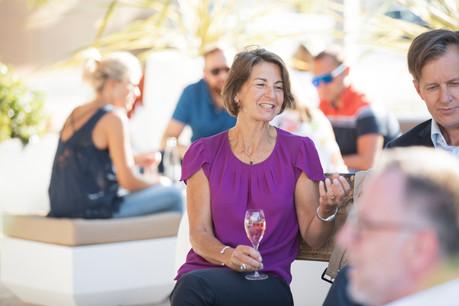 Pour Tonika Hirdman, mieux vaut un bon crémant qu'un mauvais champagne. (Photo: Jan Hanrion/Maison Moderne)