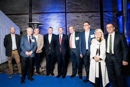 Chris Mathieu, à l'extrême gauche sur la photo, a fêté les 10 ans de L'essentiel en octobre 2017. (Photo: Nader Ghavami / Archives)