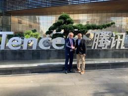 Pierre Gramegna avec Timothy Ma, VP de Tencent, au siège de Tencent en septembre 2019. ((ministère des Finances))