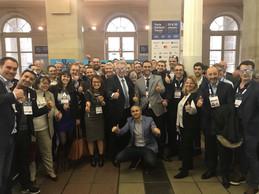 Pierre Gramegna, ministre des Finances; Nasir Zubairi, CEO de la Lhoft, et Martine Schommer, ambassadeur du Luxembourg en France, avec les fintech luxembourgeoises au Paris Fintech Forum en janvier 2019. ((ministère des Finances))