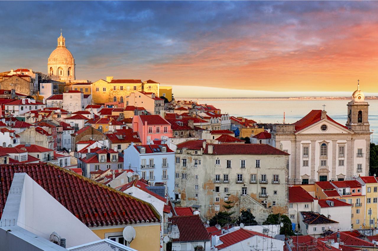 19 quartiers au nord de Lisbonne ont été reconfinés, mais la ville ne ferme pas pour autant ses portes aux touristes. (Photo: Shutterstock)
