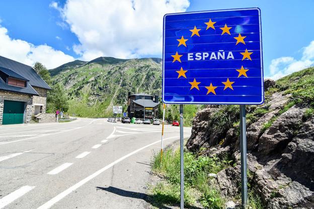 Si, en Espagne, les frontières n'ouvriront pas avant le 21 juin, la plupart de celles situées à l'intérieur de l'espace Schengen rouvrent ce lundi, même si des restrictions demeurent dans certains États. (Photo: Shutterstock)