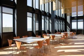 À l'intérieur de la tour,des salles peuvent servir aux rassemblements. ((Photo: Patricia Pitsch/Maison Moderne))