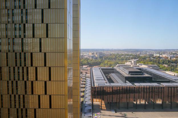 Le palais de justice construit en 1963 a bénéficié de cinq extensions pour que la CJUE puisse enfin, en 2019, accueillir ses 2.300membres (dont 78juges) et agents sur un même site. (Photo: Matic Zorman/Archives Maison Moderne)