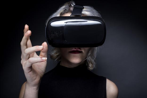 La start-up semblerait payer la difficulté à exister entre les gros acteurs du secteur, comme Magic Leap ou Microsoft HoloLens, à un moment où l'enthousiasme des investisseurs s'est quelque peu émoussé sur la question. (Photo: Shutterstock)