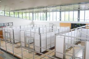 Le hall sportif a été transformé pour accueillir plusieurs salles de cours. ((Photo: Matic Zorman / Maison Moderne))