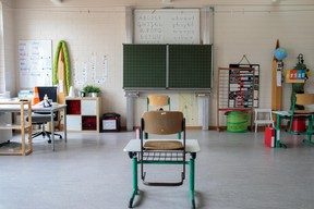 Les classes n'attendent plus que le retour des élèves. ((Photo: Matic Zorman / Maison Moderne))