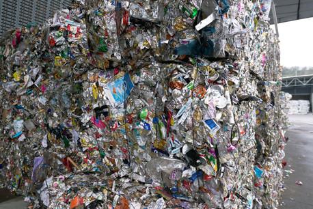 Le législateur luxembourgeois entend diminuer la quantité de déchets générés dans le commerce et impliquer les grandes surfaces dans la collecte et le traitement des emballages. (Photo: EU)