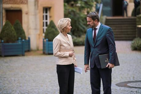 La présidente de la Commission et le Premier ministre ont évoqué des sujets brûlants de l'actualité européenne, du Brexit au budget de l'UE en passant par la lutte contre le changement climatique (Photo: Romain Gamba/Maison Moderne)