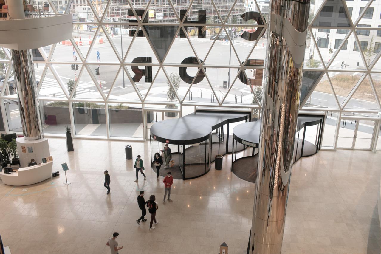 La fréquentation du complexe commercial atteint pour l'heure le tiers de l'objectif initial annoncé. (Photo: Matic Zorman/Maison Moderne)