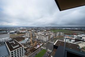 Une vue du 13e étage des tours Zenith, vers le futur parc public. ((Photo: Anthony Dehez))