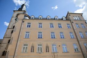 Vue de la façade extérieure du cloître Saint-François. ((Photo: Matic Zorman/Maison Moderne))