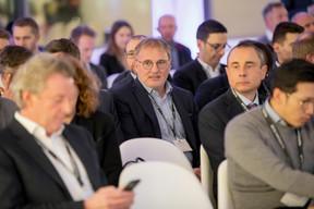 Alain Devresse (KAIROS Advisors) au milieu ((Photo: Jan Hanrion / Maison Moderne))