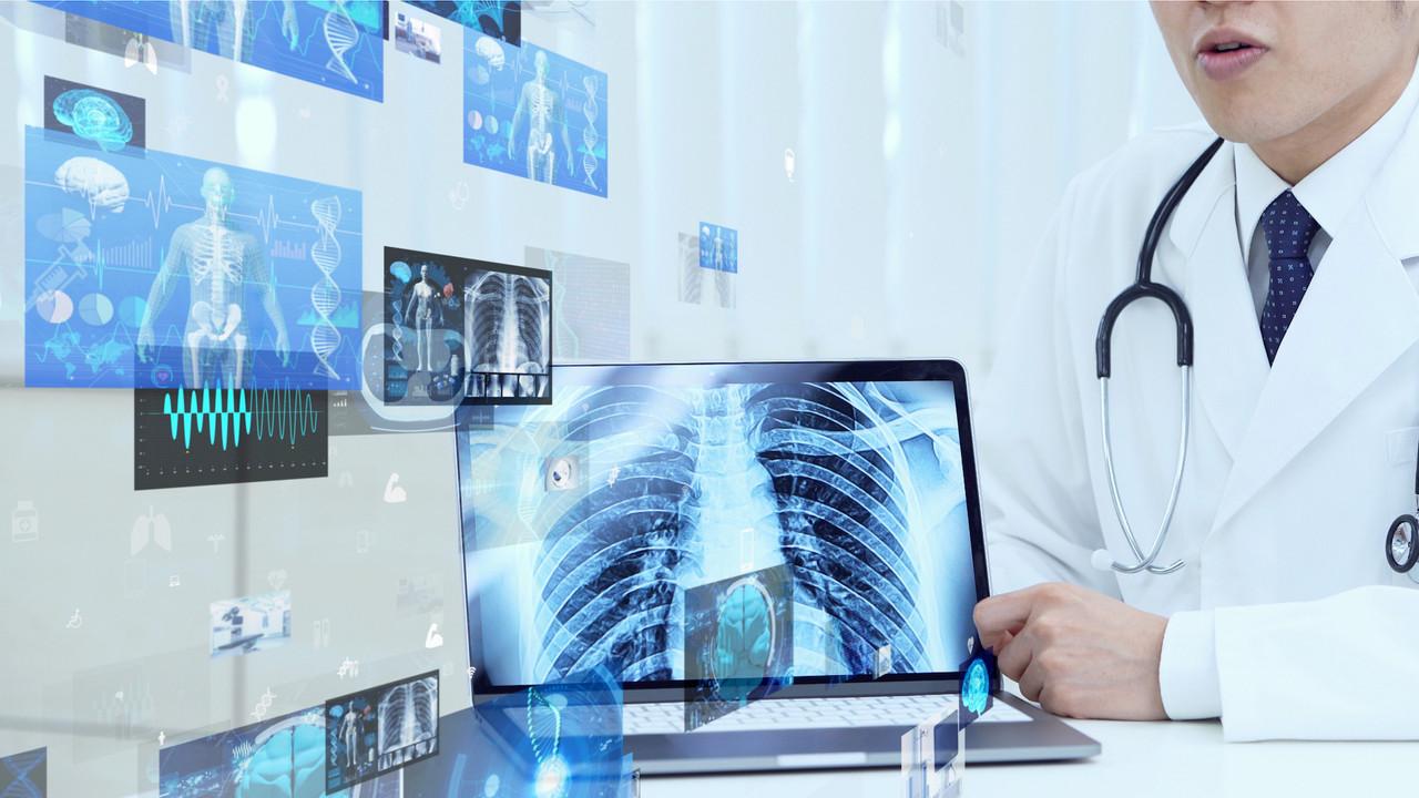 Combien des 1.100décès par an dus au cancer sont au moins en partie imputables aux technologies de la téléphonie mobile, demande le collectif Stop 5G à la ministre de la Santé, Paulette Lenert. (Photo; Shutterstock)