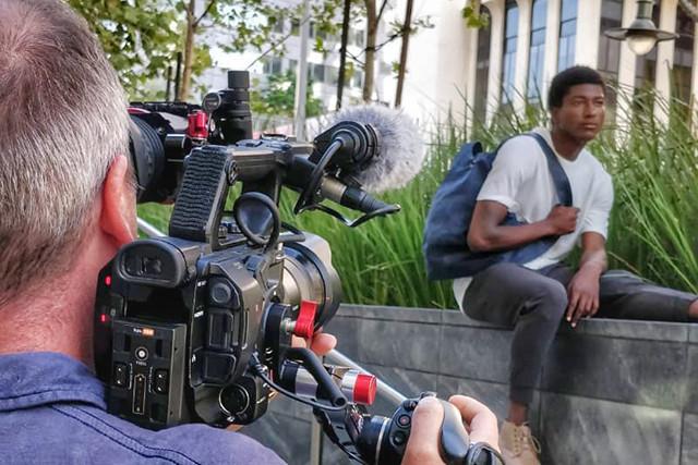 Comment créer du contenu vidéo pertinent et efficace? FreeLens