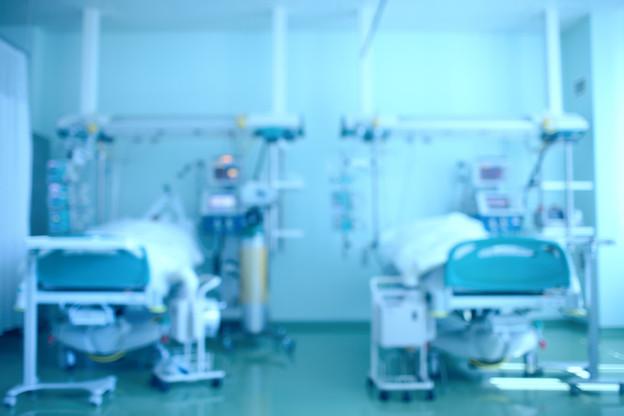 En phase finale du plan de montée en charge progressive des capacités d'accueil des patients Covid dans les hôpitaux,jusqu'à 264 lits en soins normaux et près de 100 en soins intensifs seront mis à disposition. (Photo: Shutterstock)