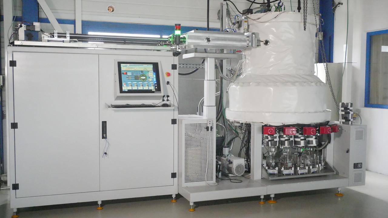 Une Sybilla 450 qui permet de déposer de la vapeur par faisceau chimique sur de très petites molécules. (Source: 3D-Oxides)