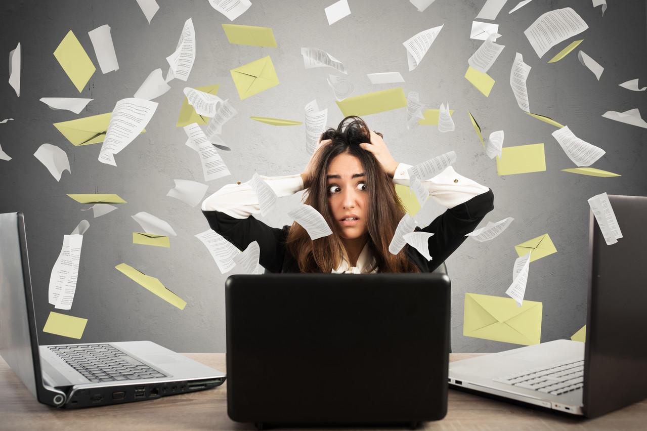 En France, 40% des salariés se disent stressés à l'idée de recevoir trop de courriers électroniques. (Photo: Shutterstock)