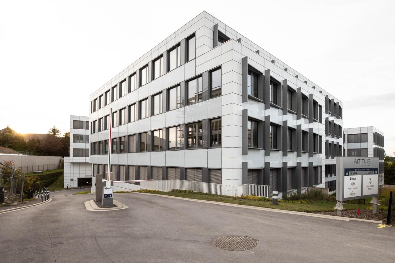 Swiss Life officie actuellement depuis l'immeuble Altitude à Leudelange, jusqu'au premier trimestre2022, où ses locaux de la Cloche d'Or devraient à nouveau être opérationnels. (Photo: Guy Wolff/Maison Moderne)