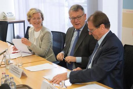 Isabelle Schlesser, directrice de l'Adem; Nicolas Schmit, ministre du Travail, de l'Emploi et de l'Économie sociale et solidaire; Roland Kuhn, président de la Chambre des métiers  (Photo: Adem)