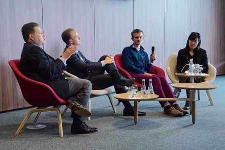 Jonathon Read, Will Beeson, Vitalik Buterin et Ming Chan. (Photo: Luxembourg school of business)