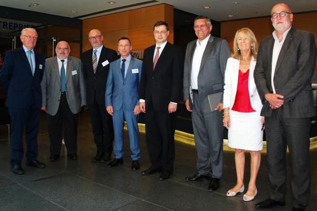 L'accueil de M. Valdis Dombrovskis (Photo: CES)
