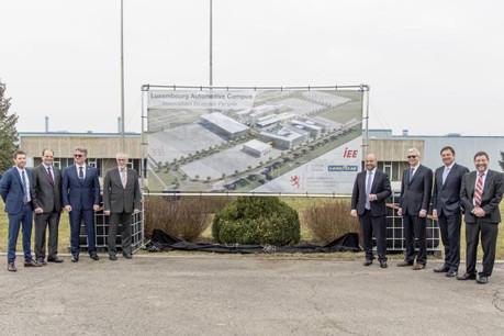 Étienne Schneider présente le futur «Luxembourg Automotive Campus» dédié à la recherche et à l'innovation dans le secteur automobile. (Photo: Goodyear)