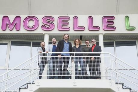 De g. à d.: B. Gasnier, directeur web (Vous), D. Solito, directeur associé (Vous), A. Hesse, directeur associé (Vous), S. Maldera, directrice générale (Euro Moselle Loisirs), F. Leclerc, directeur (Vous), F. Cuffaro, responsable marketing (Euro Moselle Loisirs) (Photo: Vous)