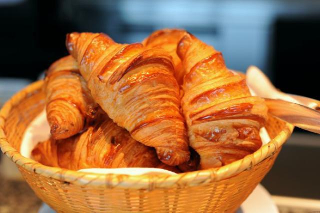 Fête nationale française: BGL BNP Paribas offre des croissants aux frontaliers français | Paperjam News