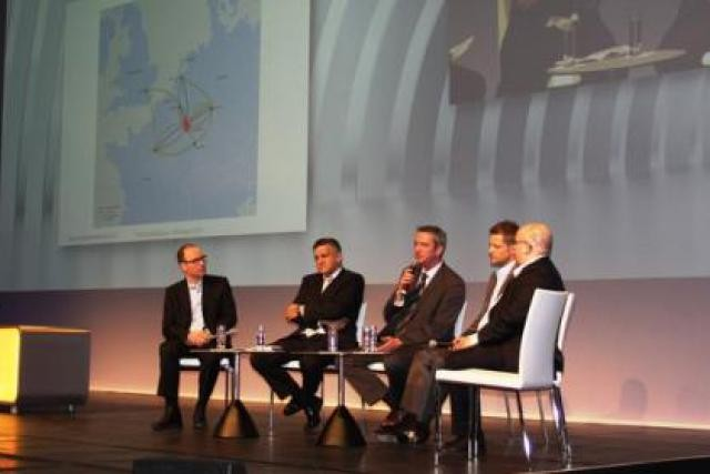 Tom Kettels (LFB), Gary Kneip (SecureIT), David Foy (eBRC), Claude Demuth (LU-CIX), Marco Houwen (LuxCloud) (Photo: Luxembourg for Business-Proud to promote ICT)