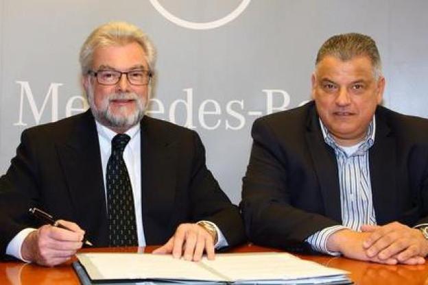 Gerhard Roth (Mercedes-Benz Luxembourg) et l'homme d'affaires Flavio Becca Mercedes