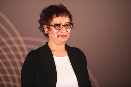Nahima Mayouche  (Social Seeder) VERJUS SIMON, Maison Moderne Publishing SA
