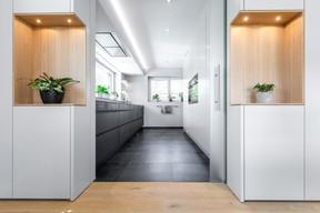 L'atelier de menuiserie réalise des aménagements intérieurs sur mesure ((Photo: Steffen Löffler))