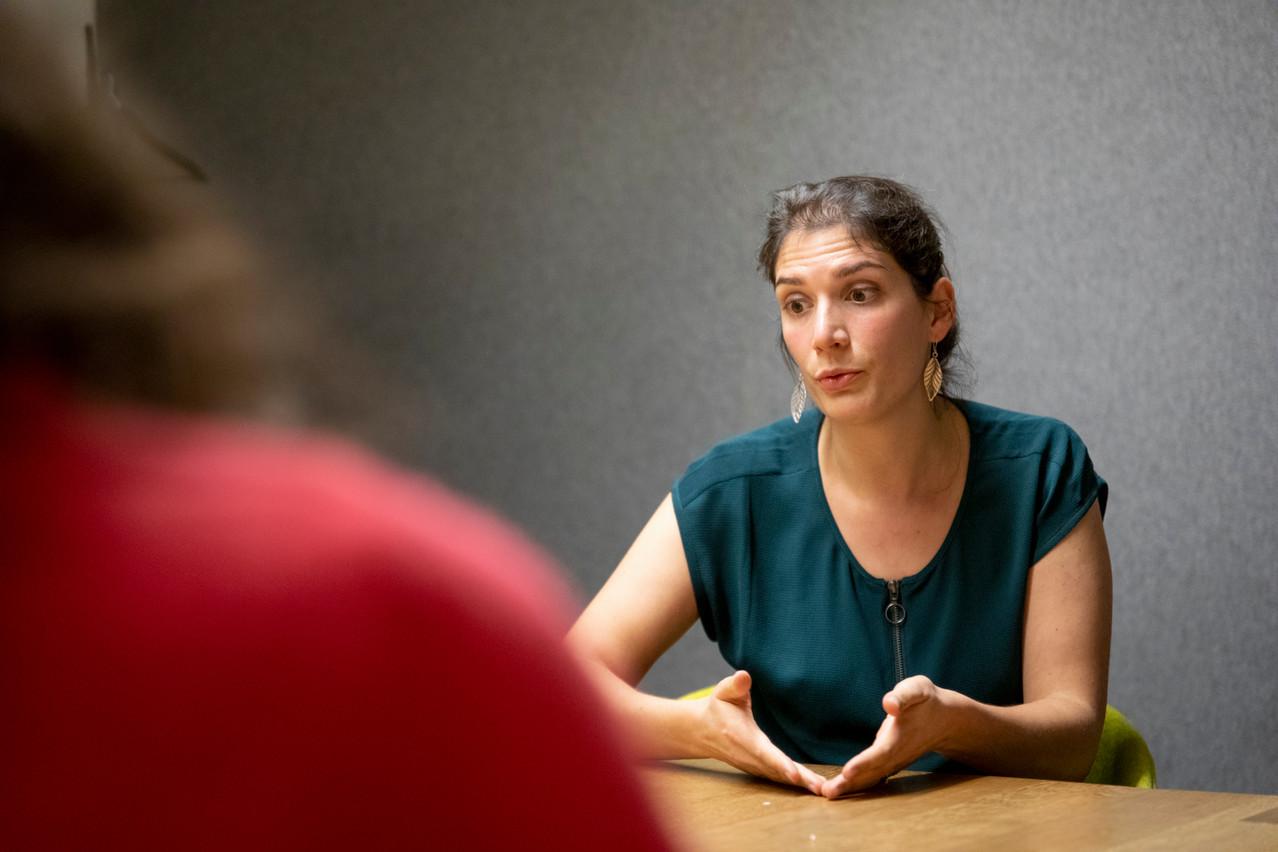 Catherine Warin, avocate au Barreau de Luxembourg et docteur en droit, est également présidente et cofondatrice de l'asbl Passerell. (Photo: Patricia Pitsch / Maison Moderne)