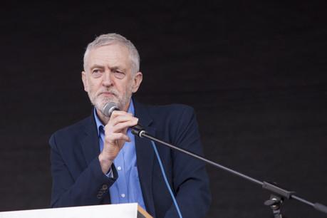 Jeremy Corbyn et le parti travailliste vont voter pour la tenue d'un scrutin anticipé. Une motion pourrait être déposée en ce sens, pour des élections législatives anticipées le 11 décembre. (Photo: Shutterstock)