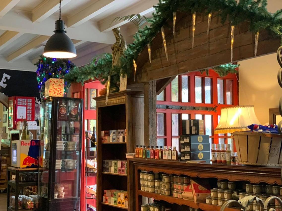 À Neudorf, La Table de la Chapelle joue l'astuce et mise sur son concept d'épicerie fine lorsqu'elle ne peut recevoir ses clients au restaurant. (Photo: Paperjam.lu)