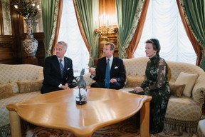 Une première audience a eu lieu au palais entre les souverains belges et le Grand-Duc Henri. ((Photo: Cour grand-ducale/Marion Dessard))