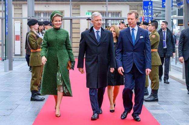 La Reine et le Roi des Belges ont été accueillis par le Grand-Duc Henri et la ministre à la Grande Région Corinne Cahen. (Photo: SIP/Charles Caratini)