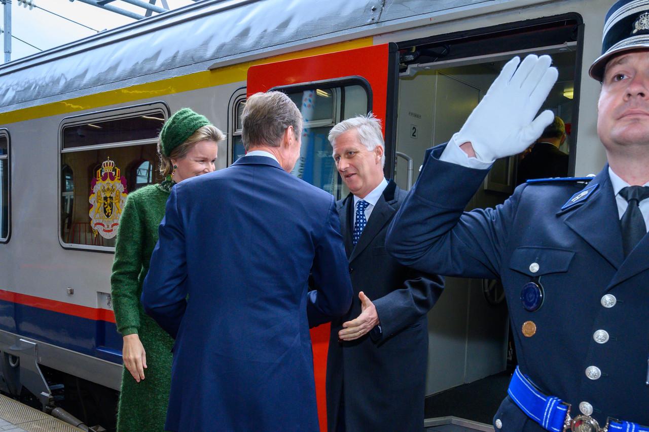 Le train emmenant les souverains belges et une importante délégation est arrivé à Luxembourg sans une seconde de retard. (Photo: SIP/Charles Caratini)